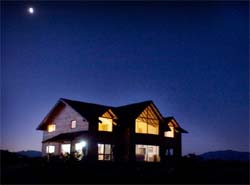 travel_argentina_patagonia_lodge_sm.jpg